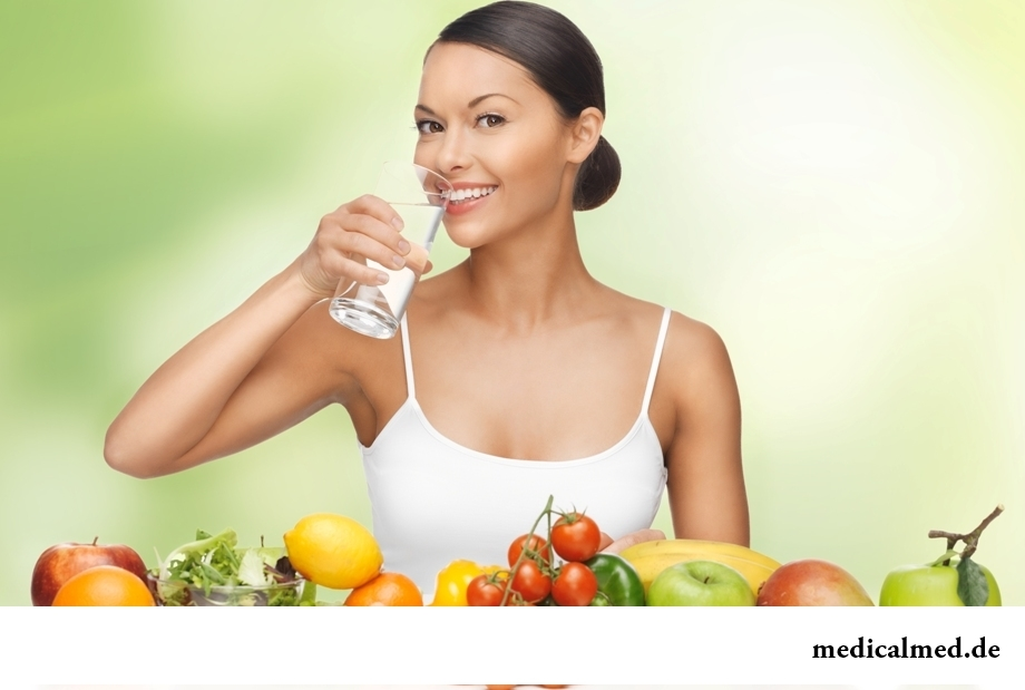Миф 2: во время диеты следует сокращать потребление воды