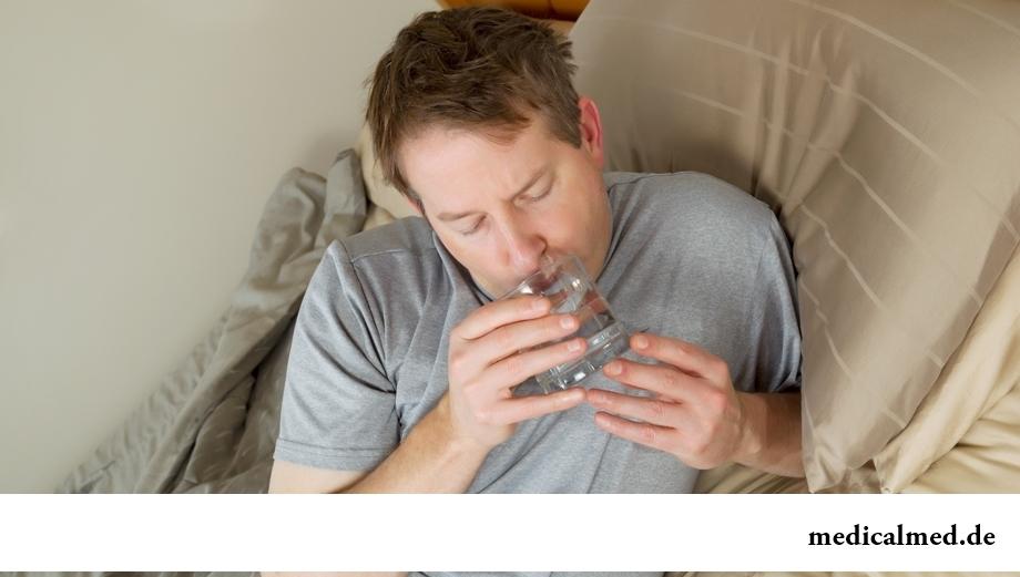 Миф 4: пить воду перед сном вредно