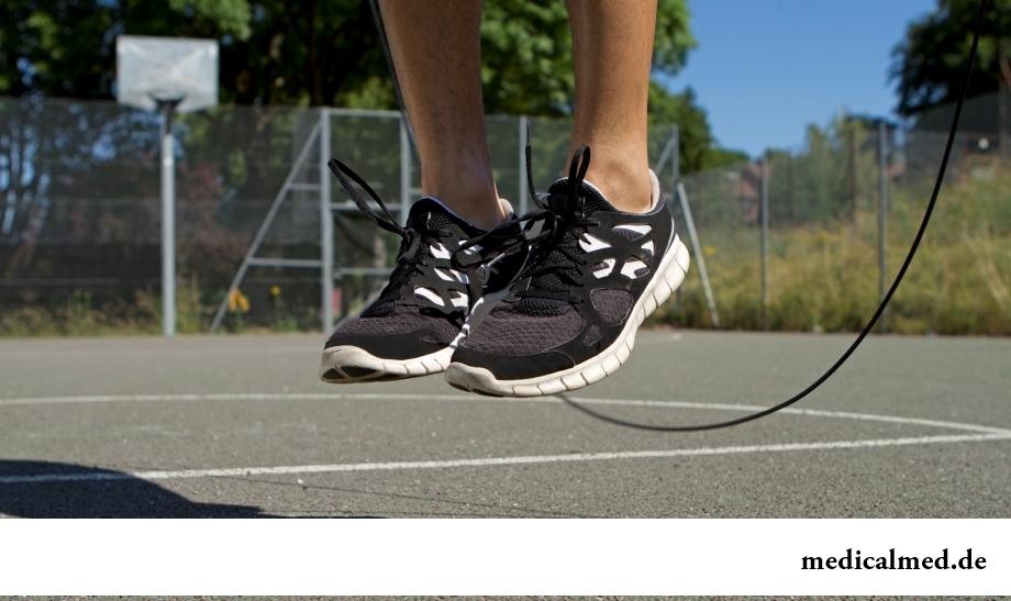 Прыжки через скакалку - эффективное упражнение для голеностопа