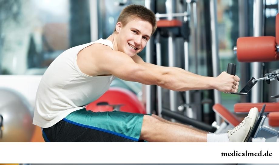Чтобы спина не болела, необходимо укреплять мышечный корсет