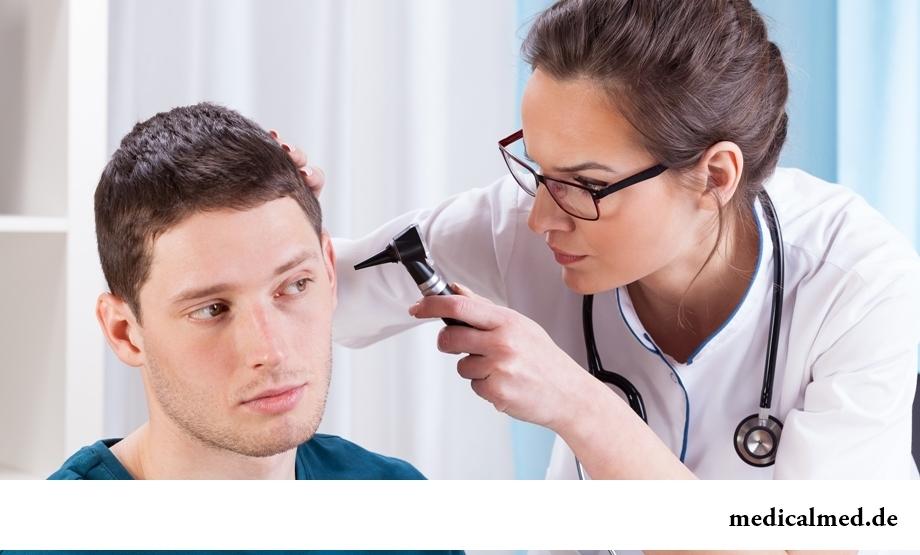 Воспалительные процессы в ухе - одна из причин снижения слуха