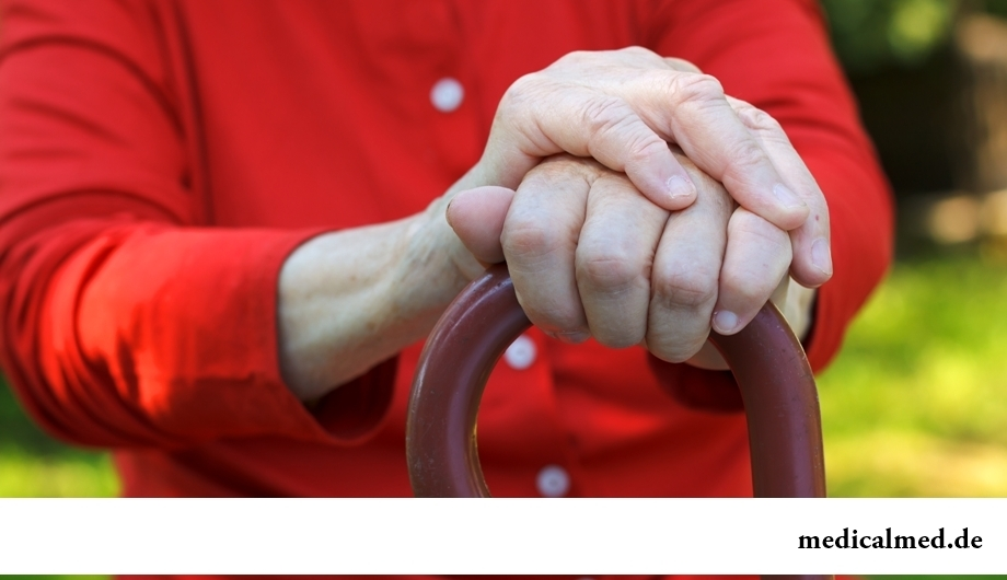 Люди, принимающие аспирин, реже страдают болезнями Альцгеймера и Паркинсона