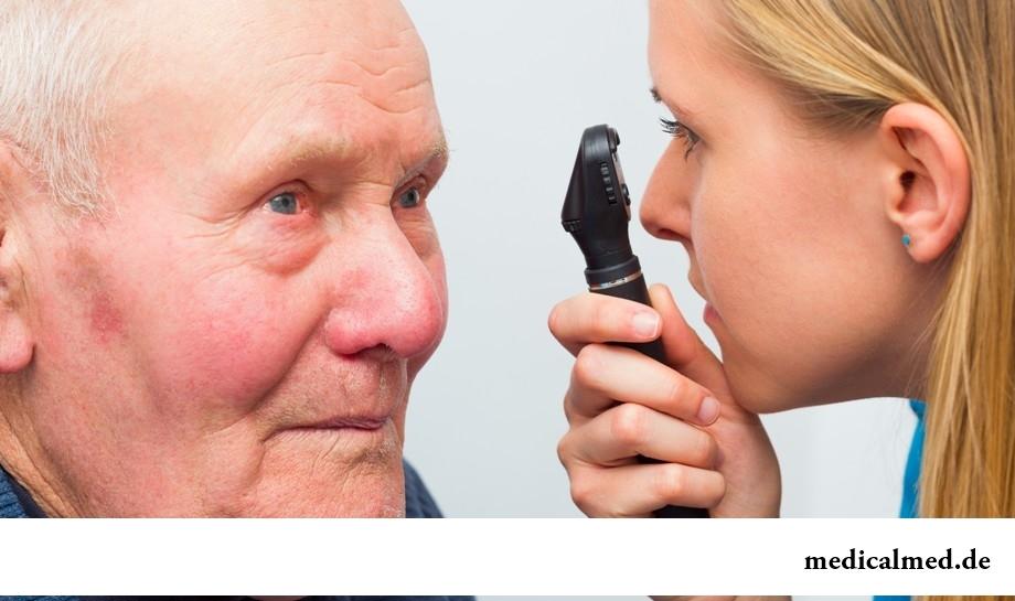 Катарактой болеют исключительно пожилые люди