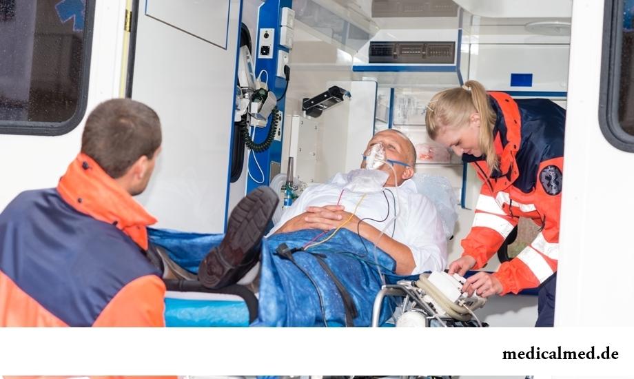 Срочная помощь при инсульте помогает избежать паралича