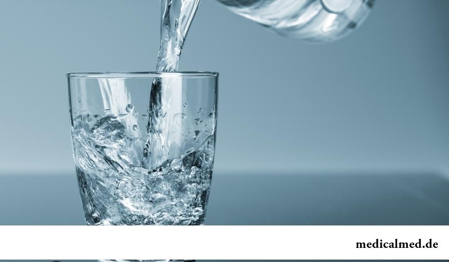 Привычки, вредящие почкам: ограничение потребления воды