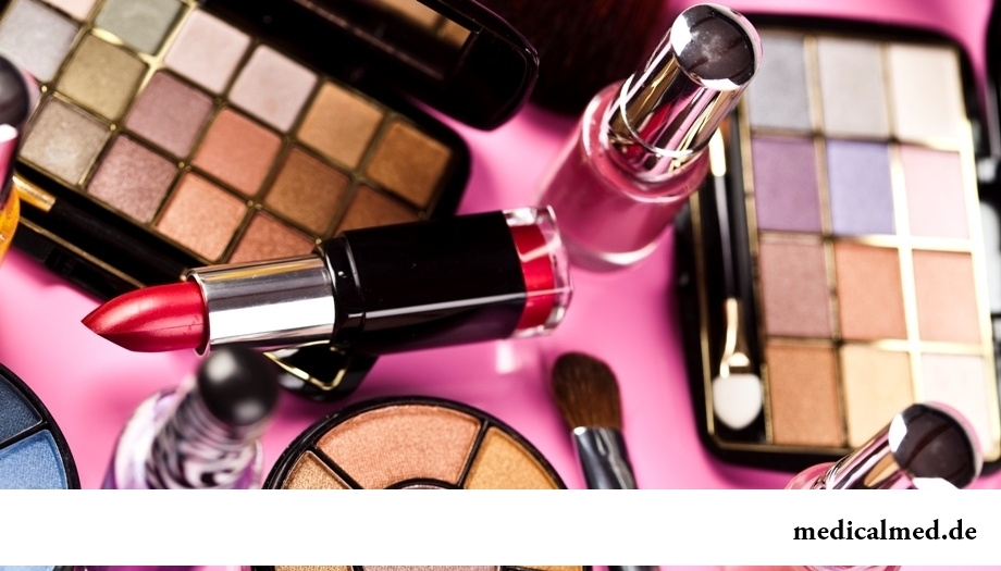 Почему косметика и парфюмерия могут быть опасными?