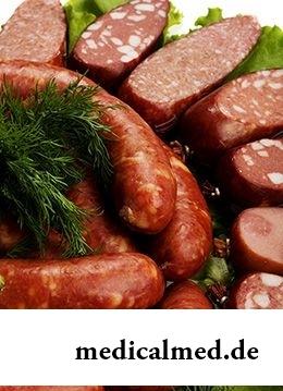 Калорийность вареной колбасы в 100 г – от 220 до 310 ккал
