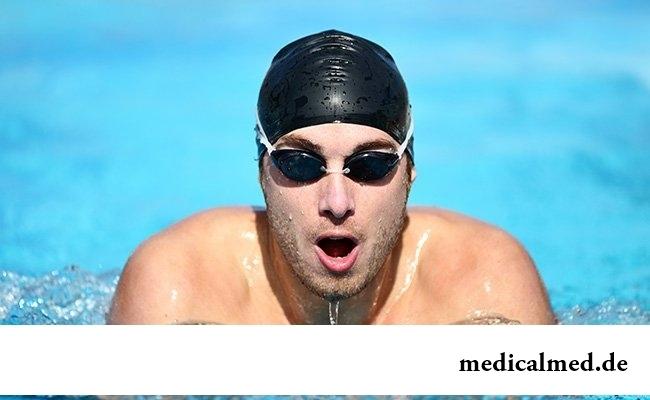 Плавание - самый популярный спорт в России
