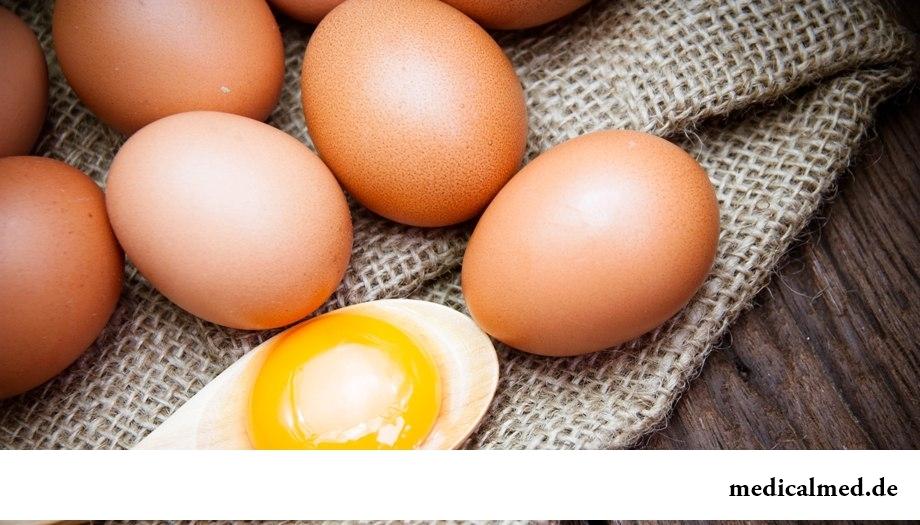 Сырой яичный желток