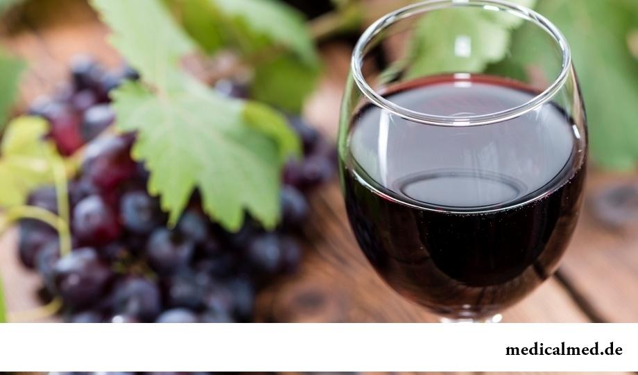 Красное виноградное вино